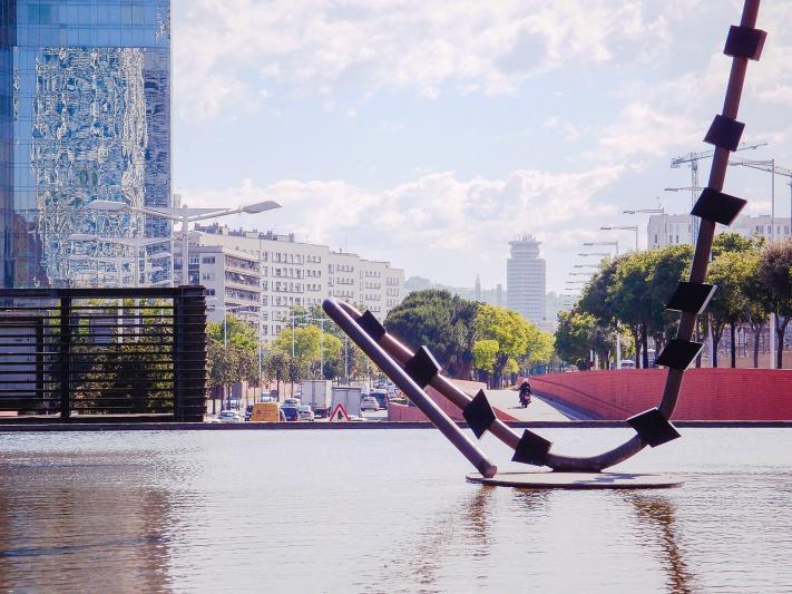 Barcelona, art installation, parc cascades, water pool