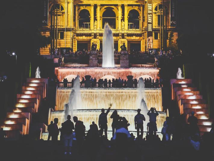 Barcelona, Mnac front, Montjuic fountain, Museu Nacional Art Catalunya, silhouette spectating