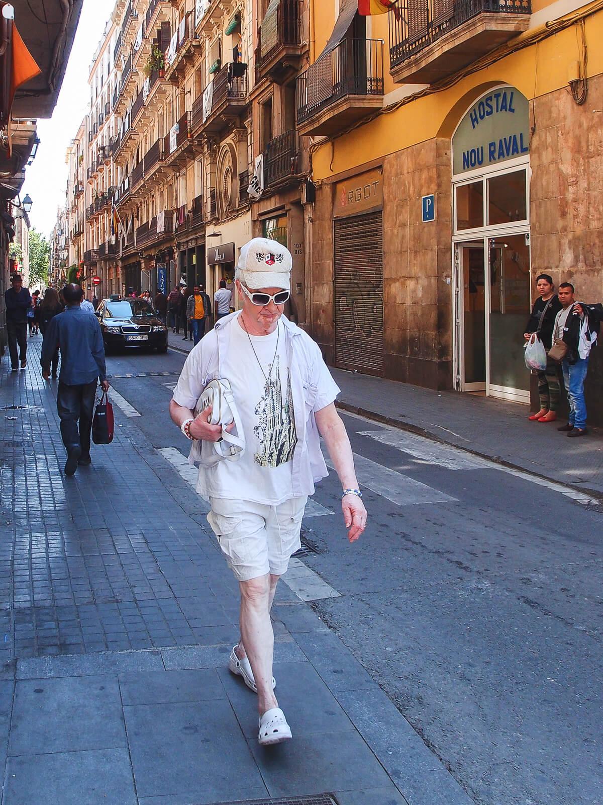 Barcelona Street Photographyhandbag, Sagrada Família tshirt, white clothes