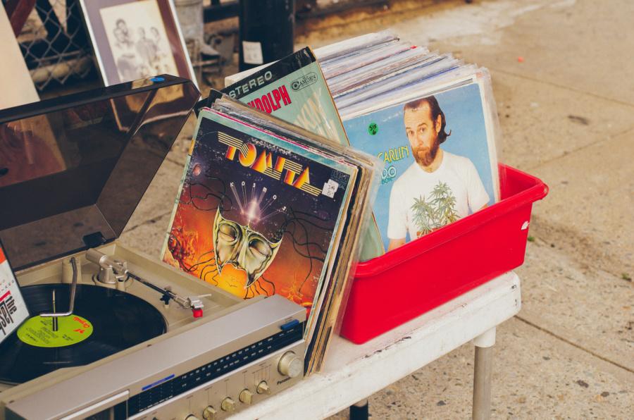 Vintage Vinyl Flea Tomita Kosmos LP