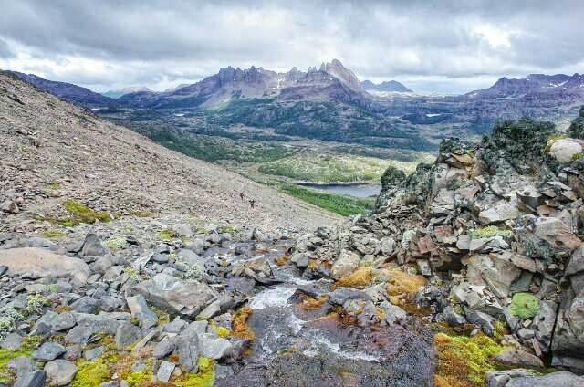 Dientes de Navarino Trekking Paso Virginia Downstream