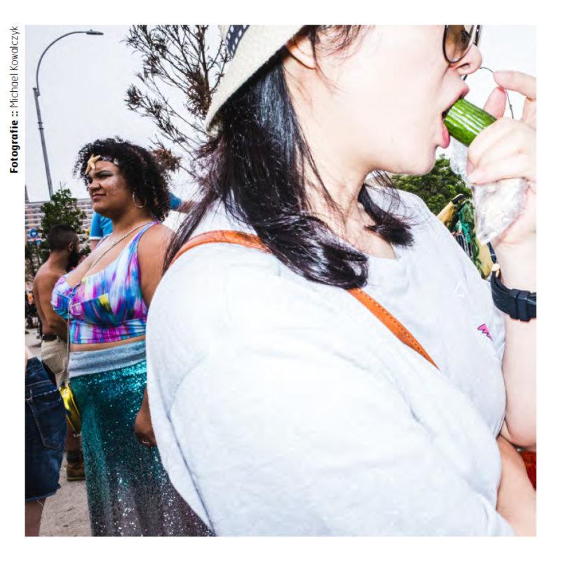 LUUPS-2018-Michael-Kowalczyk-Street Photography NYC Mermaid Parade