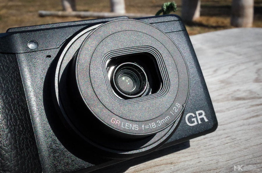 Ricoh GR II Closed Shutter after Power On