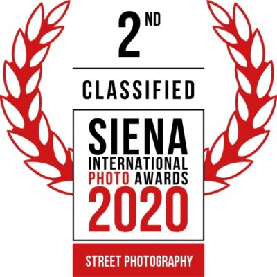 Siena Awards 2020 2nd place Street Photo Medellin Mirror
